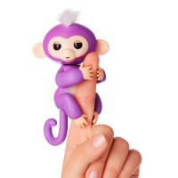 Fingerlings Baby Monkeys Mia